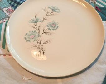 Vintage Dinner Plate Boutonniere Blue Carnation Taylor Smith Made in The USA #4179