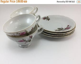 Sale Vintage Made in Japan Cups and Saucers set of 4 Roses Rose Buds Flowers Floral Gold Trim