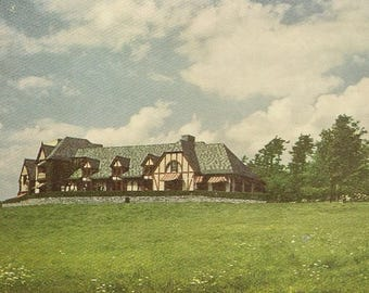 Lodge Over the Entrance to Howe Caverns New York – Unused Vintage Postcard Stately Architecture