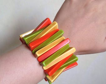 1960s Galalith resin wash green orange stretch bracelet / 30s 60s plastic triangular stretcher bangle