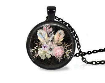 "25mm Flowers & Feathers Black Cabochon Black 18"" Necklace"