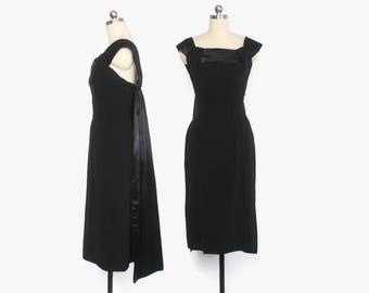 Vintage 60s Cocktail DRESS / 1960s Suzy Perette Dramatic Little Black Dress XS