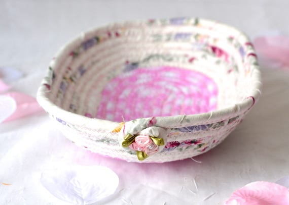 Cute Eyeglass Basket, Handmade Candy Dish Bowl, Handmade Key Basket, Ring Holder Bowl, Pink Desk Accessory, Picnic Basket