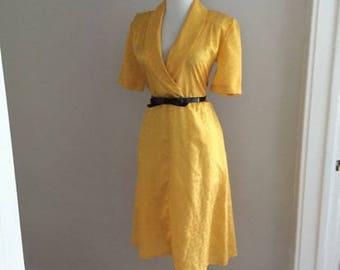 VINTAGE 80s Dress | Secretary Dress / 80s Shirt Dress / Retro 80s Yellow Dress / Wiggle Pencil Skirt Dress / 1980s Wrap Dress / Mad Men