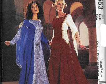 McCall's 3653 Medieval Camelot Renaissance Gown Dress Costume Sewing Pattern UNCUT Size 6, 8, 10, 12