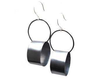 Oxidized Silver Dynamic Circles Earrings