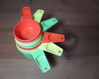 Tupperware Measuring Cups, Full Set of 6 Cups, Orange, Yellow, Apple Green, Vintage Kitchen Utensil, Baking, Cookware, See Description