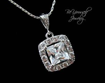 White Crystal Bridal Necklace Square Cut Cubic Zirconia Bride Pendant Wedding Jewelry Cushion Cut Wedding Necklace Bridesmaid Gift Jewelry