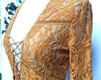 Vintage 70s copper gold lace illusion cocktail dress - 1970s plunging neckline hourglass wiggle party dress - small