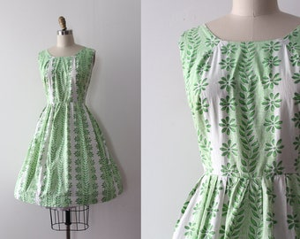 vintage 1950s dress // 50s floral cotton dress (as is) larger size