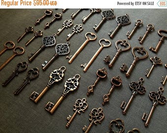 ON SALE 250 Skeleton Key Charms Antique Copper Key Pendants Bulk Skeleton Keys Wholesale Jewelry Making Charms