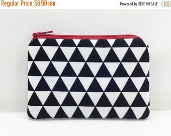 Summer SALE Black and White, Triangles Coin Purse, Small Zipper Pouch, Little Card Pouch, Gift idea, Padded, Red Zipper
