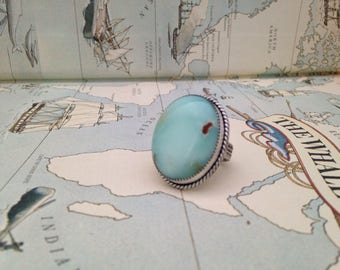 Beautiful chrysophase stone ring set in sterling silver