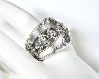 Vintage Sterling Spoon Ring, Wallace Silver, Rose Point, Pierced, Open Floral, 925, Heavy, Size 8, Ready to Wear, Gift Idea, Excellent
