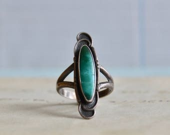 Vintage Turquoise Ring - Size 6.5 - Sterling