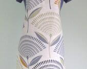 Large Dandelion Print Adult Matt PVC Apron, Oilcloth Apron, Waterproof Apron
