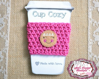 Crochet cup cozy, crochet travel cup cozy, cozie, coffee cozie, pink coffee cozy, christmas cozy, gift, crochet cozy, gingerbread girl