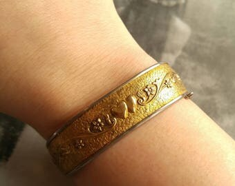 Vintage Bigney Sweetheart bangle bracelet gold and silver tone with hearts