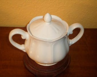 Sugar Bowl/FEDERALIST IRONSTONE 4238/Vintage/White Ironstone Pottery/Japan
