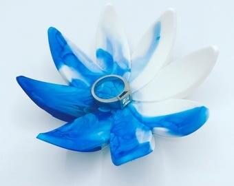 Blue & White Resin flower ring holder / tree