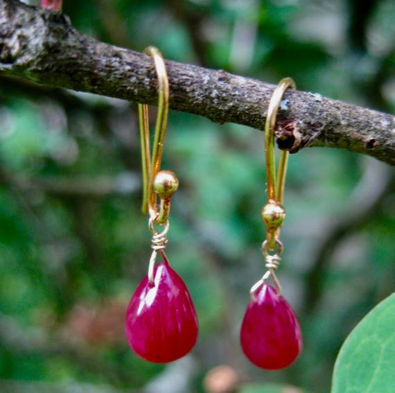 PRYAL  BABY   Teardrop Rubies on 18k Gold Earwires