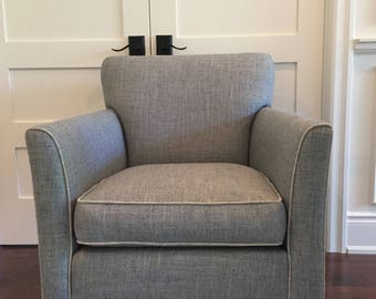 Tailored Transitional Arm Chair