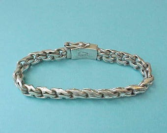 Beautiful and Super Heavy Gentleman's Mexican Sterling Silver Bracelet