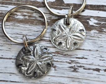 unisex sand dollar keychain in choice of finish, silver or oxidized silver sand dollar keychain, sand dollar keyring, beachcombers gift
