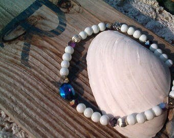 White Beaded Ankle Bracelet, Sapphire AB and Amethyst Crystal Bead Ankle Bracelet, Beaded Glass Ankle, Elegant, Unique, Stretch, Artisan