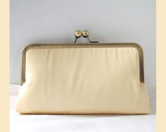 Wedding clutch bag, cream silk, handmade bridal purse, bridesmaid clutch, personalised purse