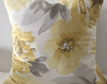 Decorative Pillow Cover, large soft yellow sunflower print, Throw Pillow, Toss Pillow, 18x18 inch square - Richloom Macilent in Sunflower