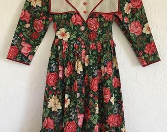 Vintage handmade girls floral dress