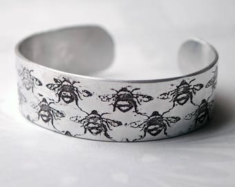 Bumble Bee design embossed cuff, silver aluminium, bees bracelet, worker bee, save the bees, honey bee, insect jewellery, bee jewelry