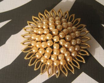 Gold Starburst Brooch With Pearl Cluster Center