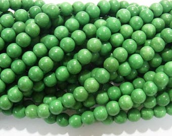 One Strand (62) Dyed Magnesite Bright Kelly Green Gemstone Round  Beads 7mm
