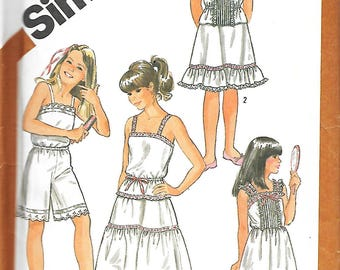 1980's Simplicity 5804 Girls Undergarments Sewing Pattern, Camisole, Slip, Half Slip In Two Lengths, And Culotte Slip, Size 7, UNCUT