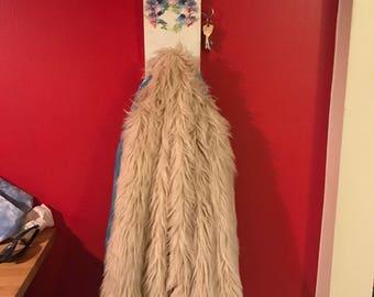 Flower decoupaged hanger