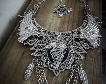 Silver Wolf spikes ♰ Game of Thrones ♰ lace bib necklace