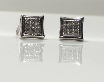 Diamond Earrings Handmade in 14K Gold