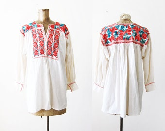 Vintage Peasant Shirt - 1960s Peasant Blouse - White Long Sleeve Peasant Top - Embroidered Blouse - Boho Blouse - Hippie Shirt