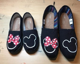 Black Mommy & Me Minnie and Mickey Mouse Hand Painted TOMS without Polka Dots.