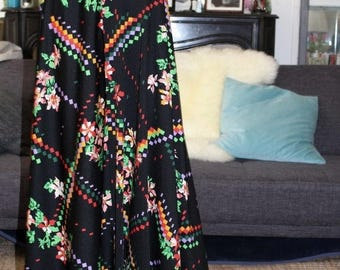 1970s Maxi Skirt printed /70s french boho maxi Skirt