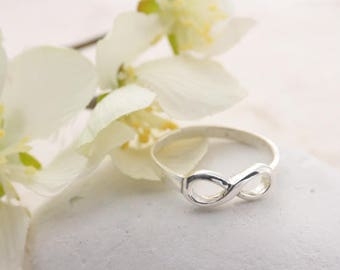 Infinity Ring, Sterling Silver Infinity Ring, silver infinity Ring. Friendship ring, Engagement ring. Only Size number 9