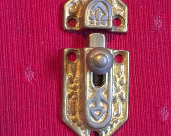 Brass cast door latch