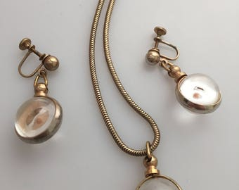 1950s Vintage MUSTARD SEED Necklace and Earring Set Mustard Seed Embedded in Clear LUCITE Pendant Necklace Screw Back Earrings Jewelry Set