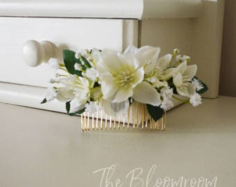 White flower comb,  Hair accessories, Flower hair comb, Floral headpiece, Wedding comb Gift for daughter, Wedding comb, Bridal hair comb