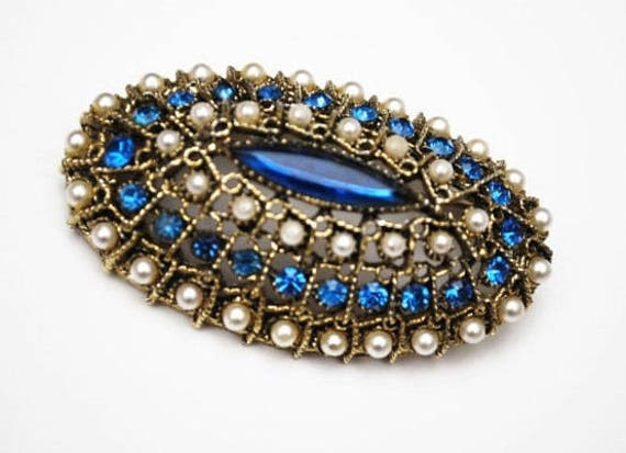 Oval Dome Bar  Brooch - Blue rhinestone - white pearls and gold tone - Victorian Revival pin