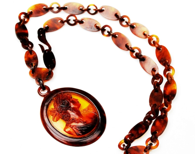 Tortoise Celluloid Cameo Chain Necklac- Brown Plastic link - Women profile pendant
