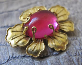 Designer Art Glass Stone Set in 24k Gold Plate Flower Pin, Small Brooch, Pendant Option. MMA Museum Art Collectible Jewelry.Fine Costume Pin