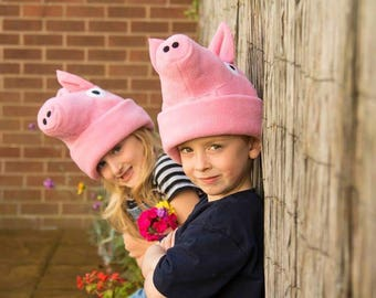 Pig beanie/ Pig hat/ Pig gift / pig-party